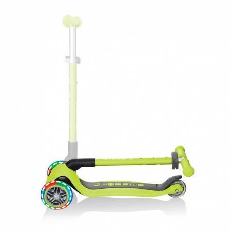 Globber Primo Foldable Lights / Lime green - Skrejriteņi ar trīs riteņiem