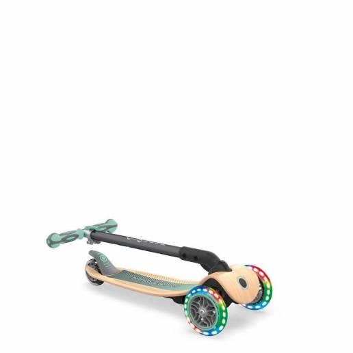 Globber Primo Foldable Wood Lights / Pastel Green - Skrejriteņi ar trīs riteņiem
