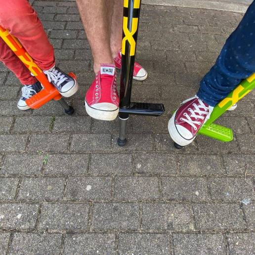 QU-AX V200 POGO STICK for adults up to 80kg - Extreme