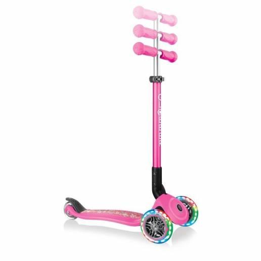 Globber Primo Foldable Lights / Neon Pink Flowers - Skrejriteņi ar trīs riteņiem