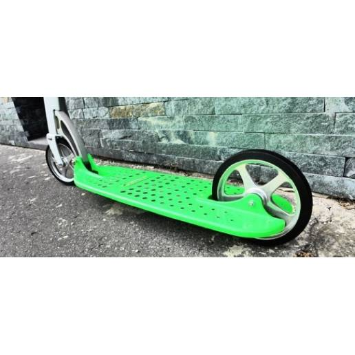 Xootr MG Green