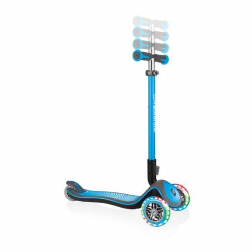 Paspirtukas su LED ratukais Globber Elite Deluxe / Sky blue nuo Globber