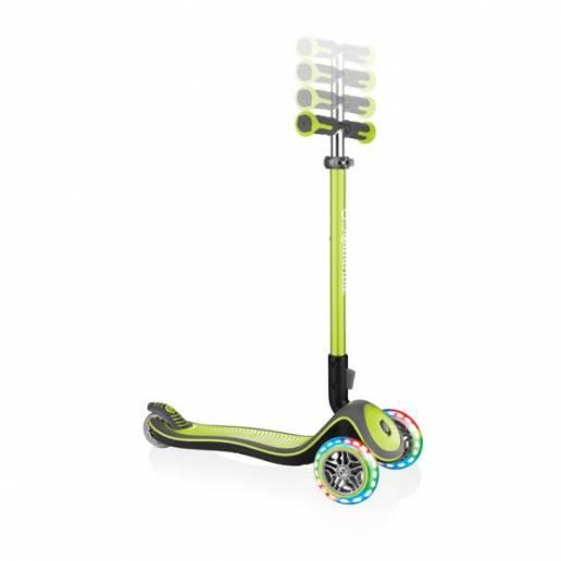 Paspirtukas su LED ratukais Globber Elite Deluxe / Lime green nuo Globber